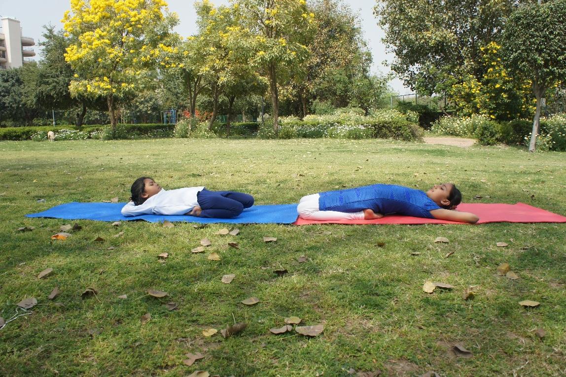 Supta Vajrasana Steps, Benefits and Precautions